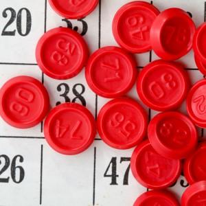 röda paletter på bingobricka